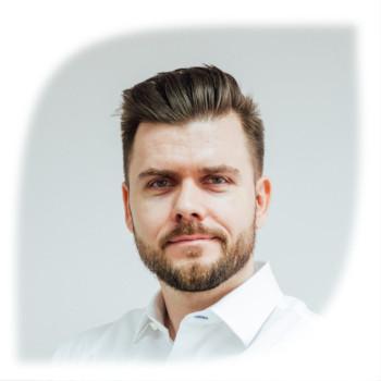 Daniel Karas Spoznajte nás Avris Consulting